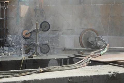 重庆某工地混凝土切割施工现场