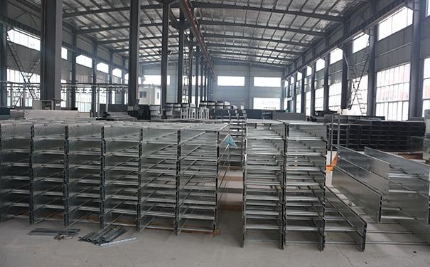 贵州电缆桥架:母线槽在室内的设计及预防封闭母线槽起火的措施