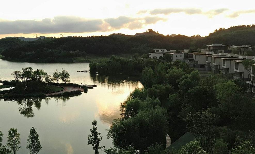 中鐵閱山湖樾園
