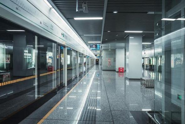 甘肃地铁招聘公司分享地铁工作人员薪资待遇如何?