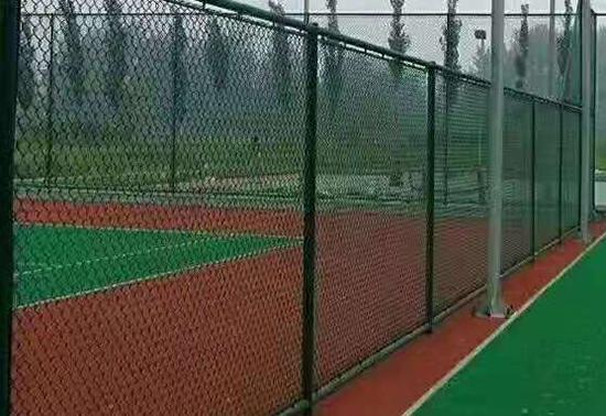 贵阳宣威市民族中学运动场防护