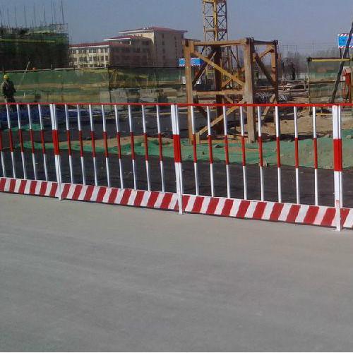 讲解基坑护栏的组成和用途