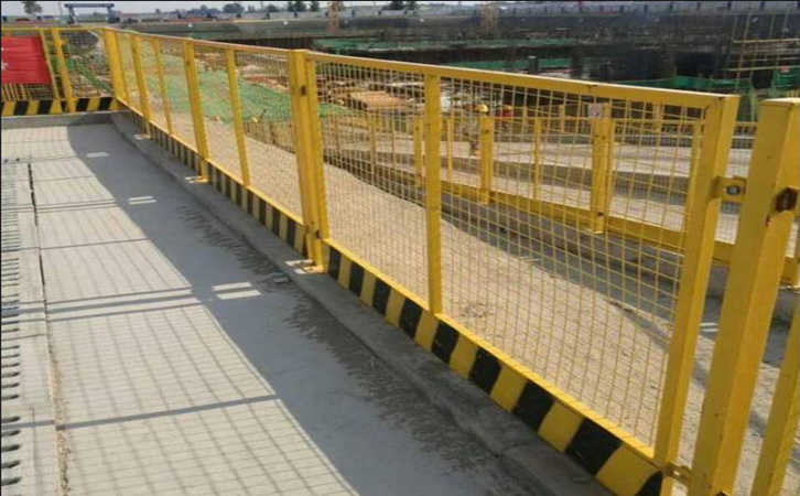 如何埋工地护栏才能更加稳固