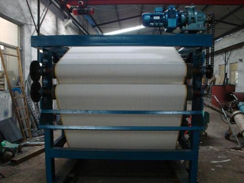 带大家了解一下带式污泥压滤机应用范围与工作流程