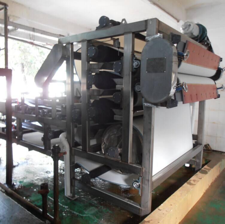 分享一下污泥压滤机的安装位置如何选择