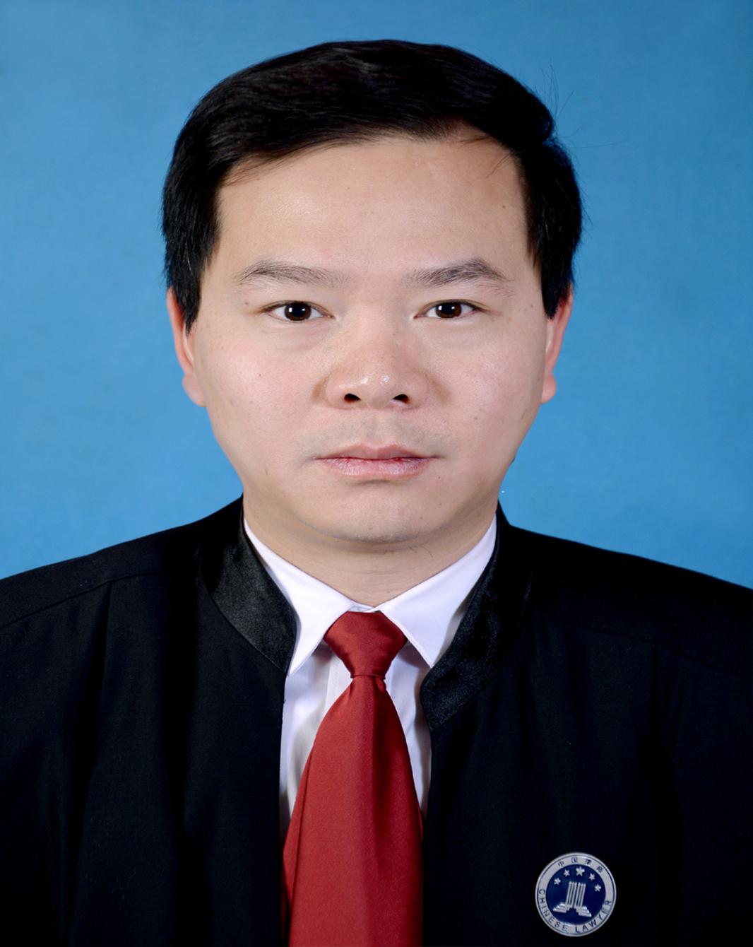 吴再学  律师