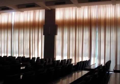 北京电动遮阳帘的面料该如何选择
