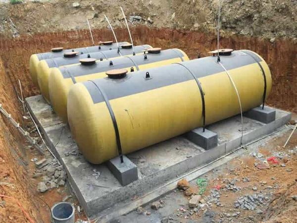 绵阳地埋式油罐安装案例