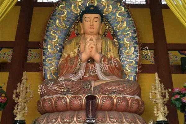 传统佛像雕塑