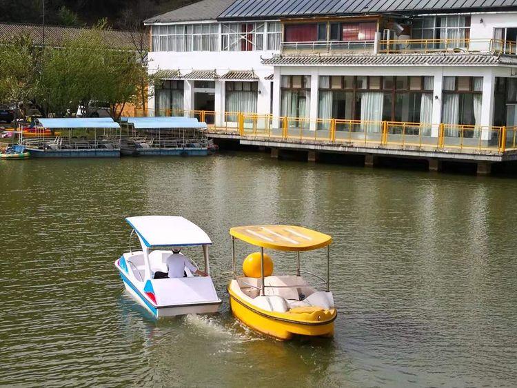 山庄水上电动船