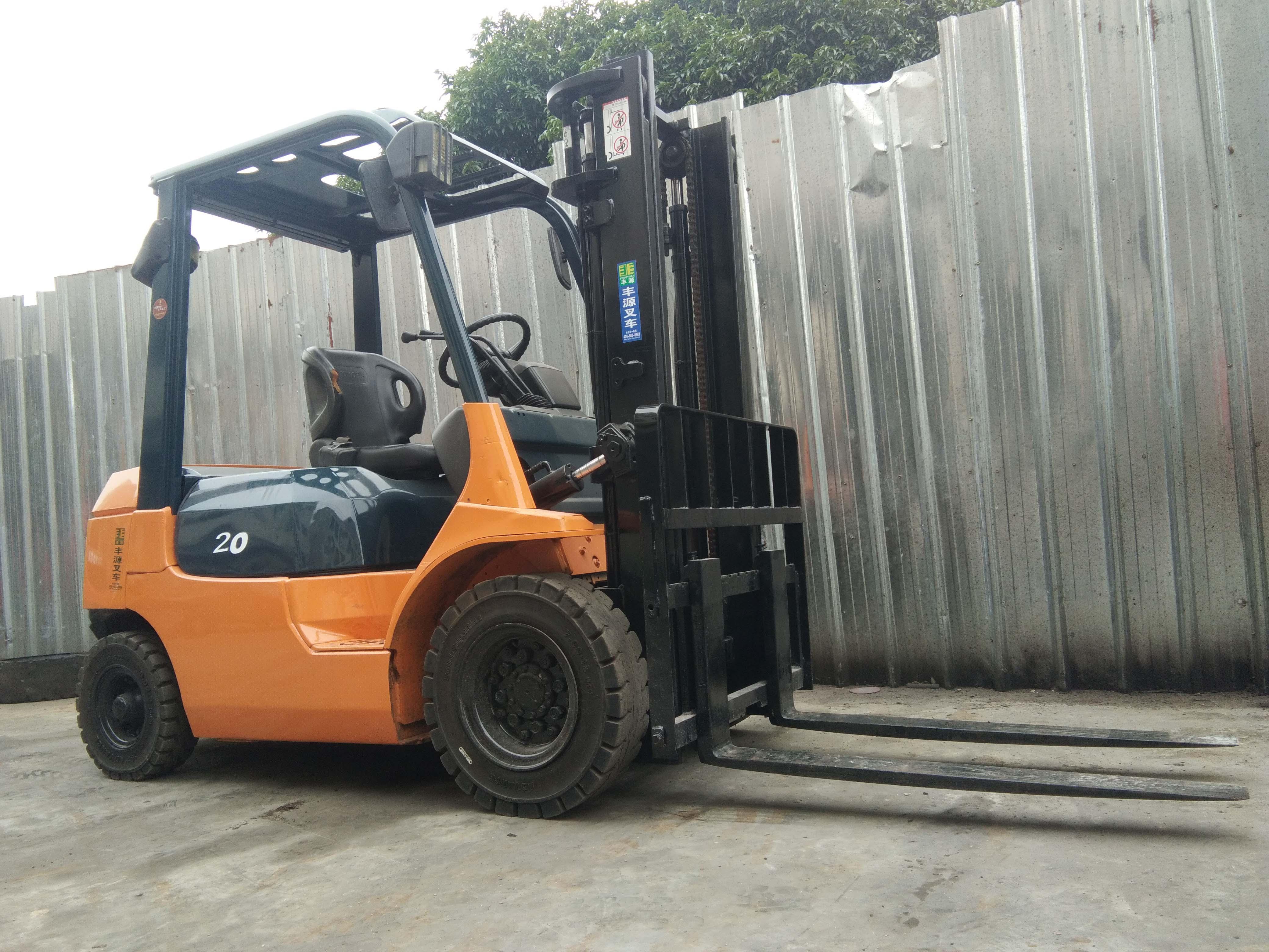 丰田 2吨柴油叉车