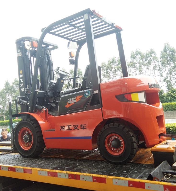 [签约]广州市澳鑫纺织有限公司与我司丰源达成协议并成功签约2.5吨龙工叉车