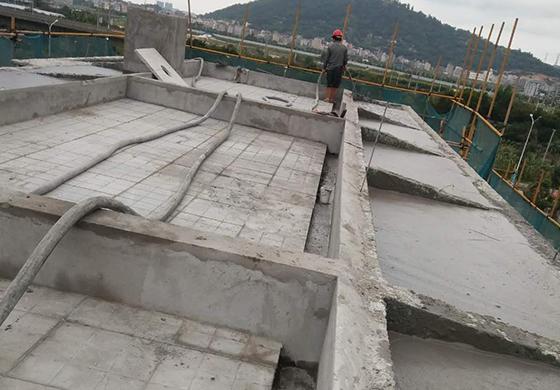 金辉优步花园小区屋面泡沫混凝土浇筑