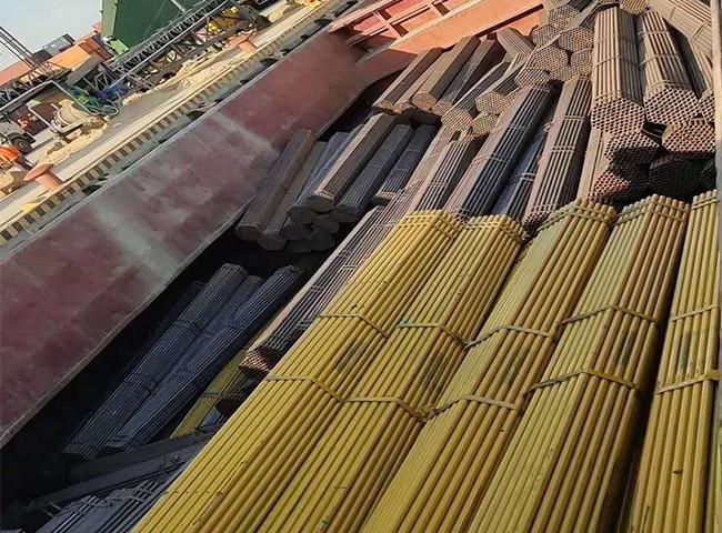 国际镀锌钢管