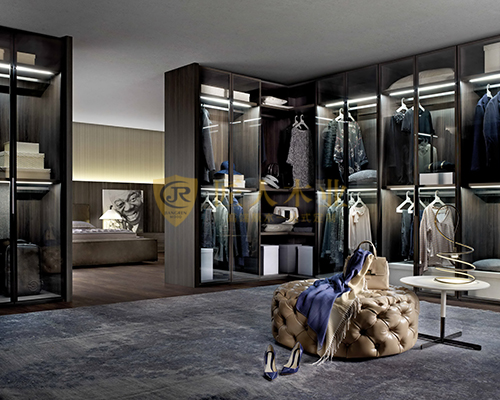 中式整体衣柜