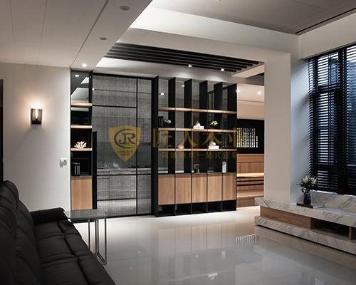 壁挂式酒柜
