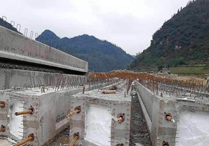 钢结构方墩
