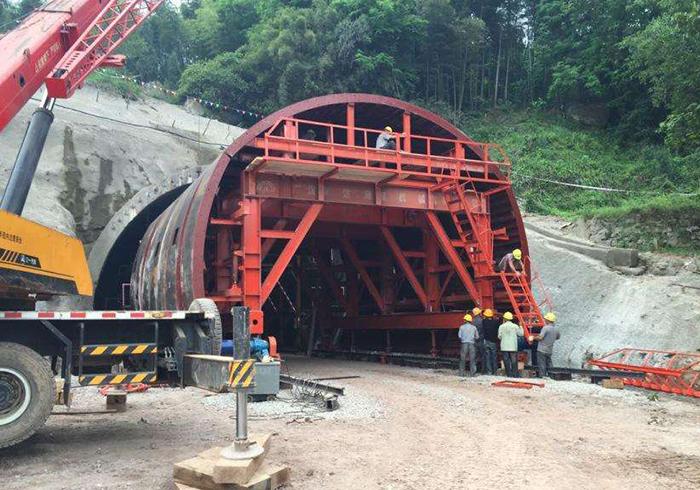 福建桥梁钢模板为大型的根本举措措施扶植