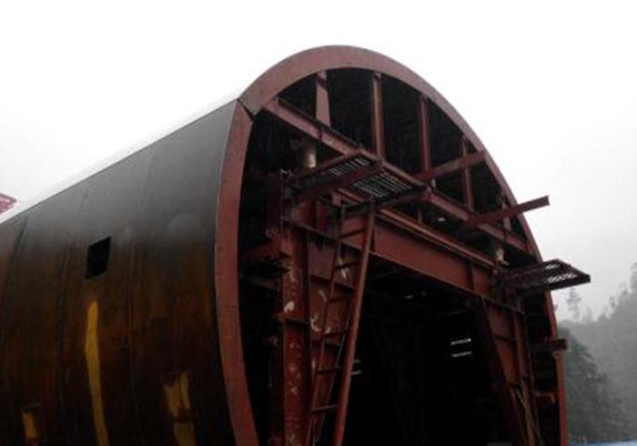 橋梁鋼模板轉體施工工藝四大特點