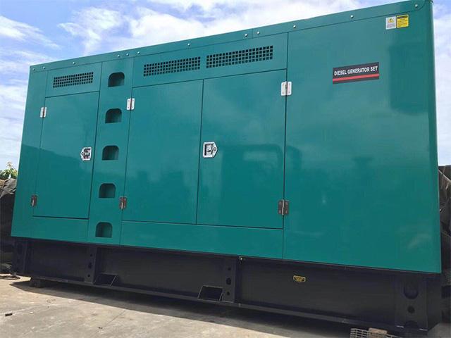 康明斯200KW低噪音发电机