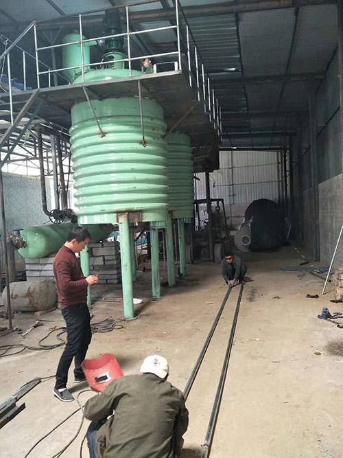 200吨动物油设备