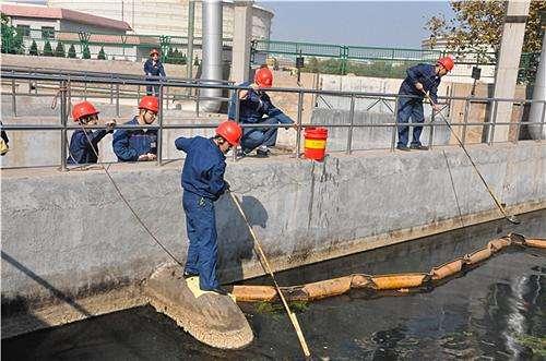 工厂化粪池清理