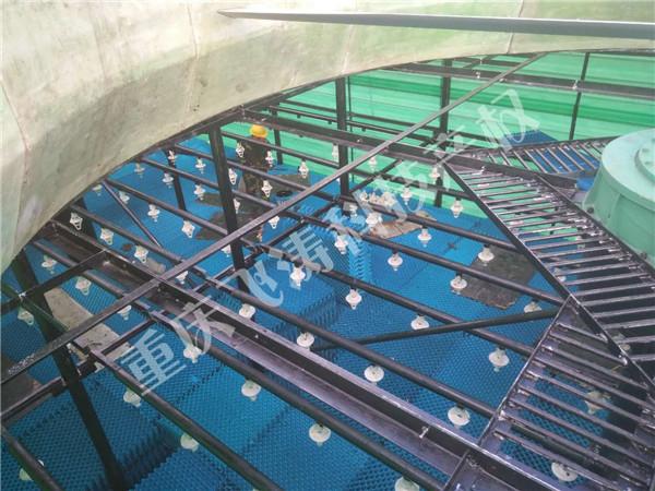 安装冷却塔ABS喷头照片