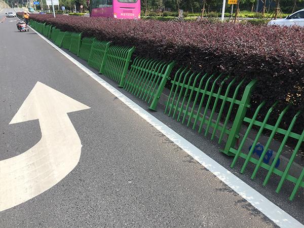 锌钢草坪护栏-003