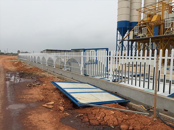 PVC彩色建筑护栏