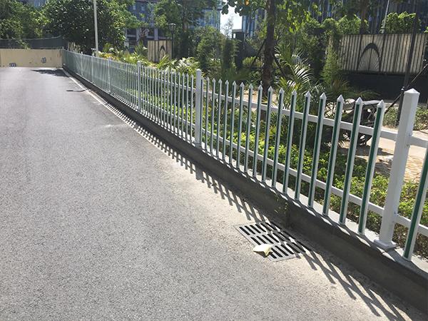漳州小区绿化带塑钢护栏