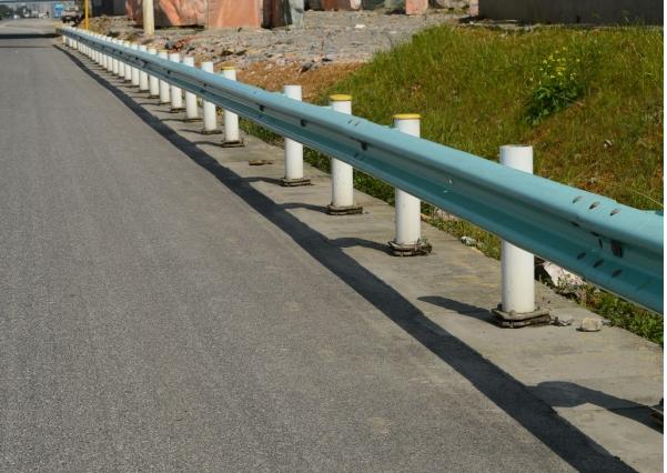 福建波形护栏