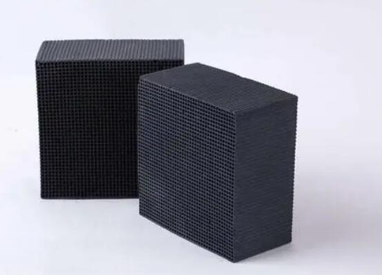 为什么蜂窝活性炭常用于废气处理?