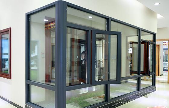 铝合金门窗安装安全技术