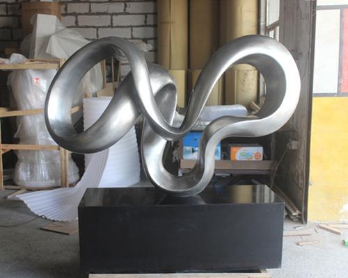 福建玻璃钢雕塑厂家