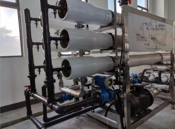 哪些因素会影响超纯水设备的水质?