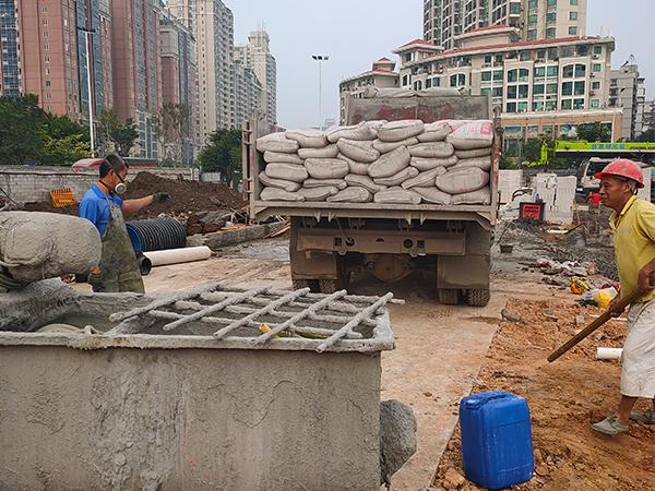长乐吴航钢铁屋面泡沫混凝土回填