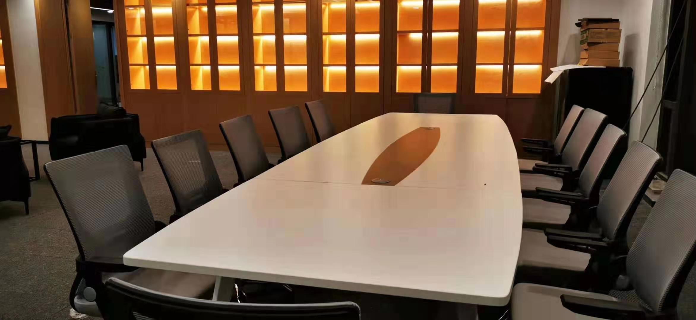 定制会议桌需要注意哪些?