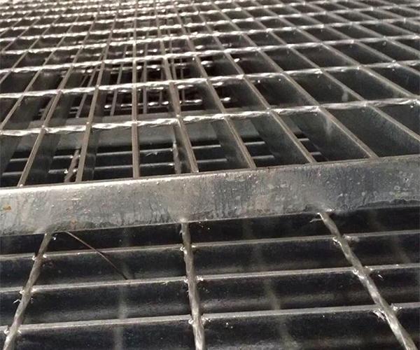 镀锌扁铁格栅