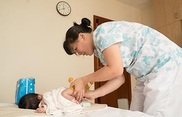 新生儿经常哭怎么办?