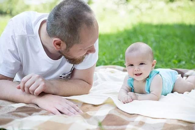 新妈妈孕前期洗澡应该注意哪些?