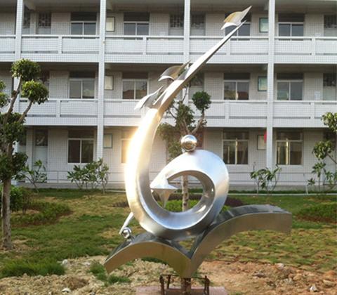 制作玻璃鋼雕塑需要用到哪些工具?