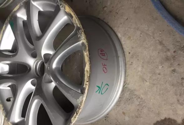 汽车轮毂腐蚀