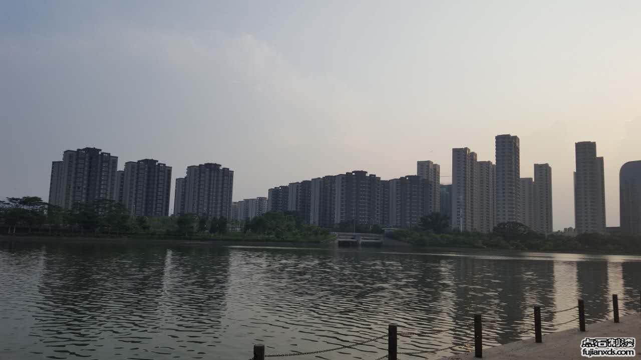 潘墩新城60万平米大型楼盘真石漆工程!