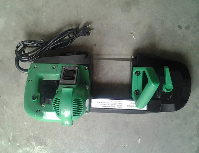 电缆切割机