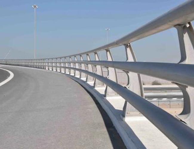 桥梁防撞钢护栏
