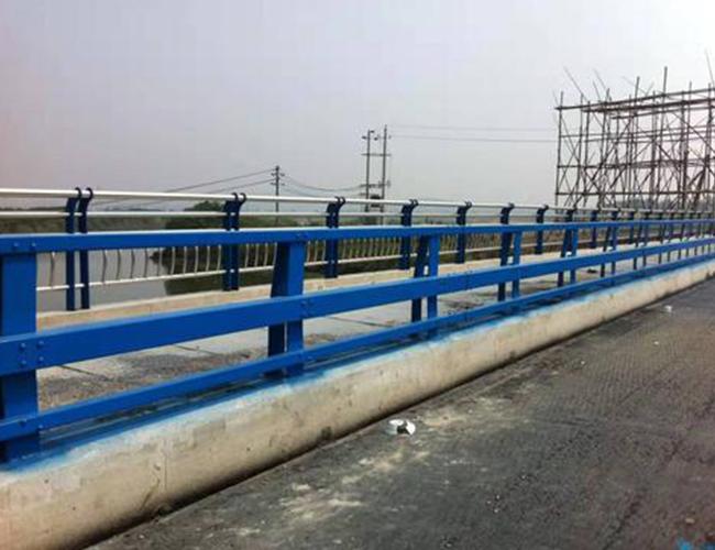 桥梁防撞栏杆