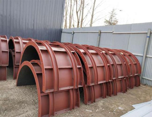 圆柱形钢模板