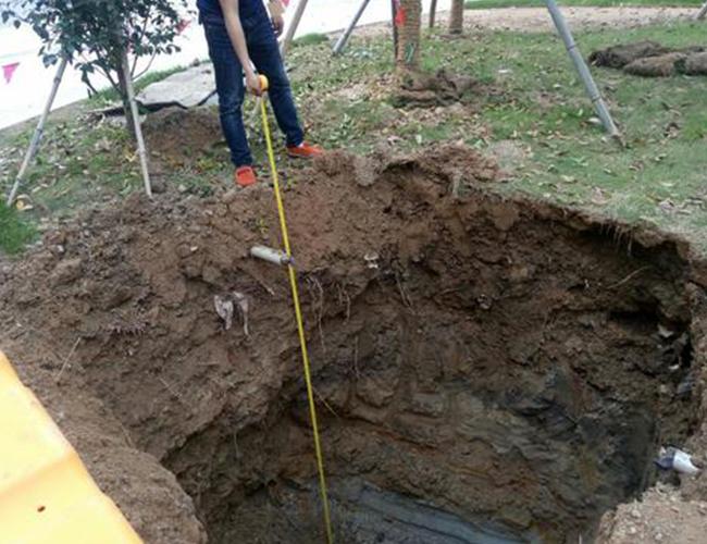 路灯基础开挖