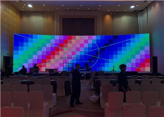 屏幕多画面叠加---环卫新征程云端发布会策划