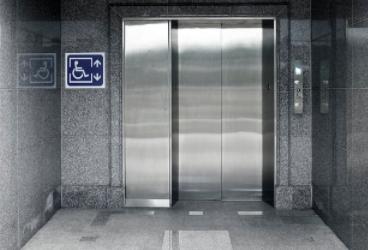醫院載人電梯